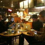 Photo taken at Starbucks by Sven S. on 9/20/2011