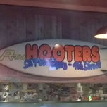 Photo taken at Hooters by Mathu B. on 10/9/2011