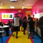 Photo taken at Twisted Fruit Frozen Yogurt by Elizabeth R. on 9/24/2011