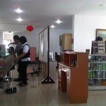 Photo taken at Salon Memori by Maria Kristelin A. on 5/4/2011
