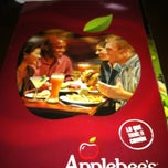 Photo taken at Applebee´s by Lety R. on 4/6/2012