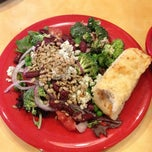 Photo taken at Sweet Tomatoes by Rebecca T. on 8/1/2012