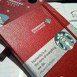 Das Foto wurde bei Starbucks von Rim H. am 11/20/2011 aufgenommen