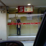 Photo taken at Scotiabank by Javier B. on 4/21/2012