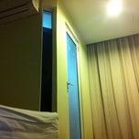 Photo taken at maxim hotel by ♭Ξ ℳ♭Ξ Ƙ ™. on 10/23/2011