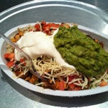 Photo taken at Chipotle Mexican Grill by Jessica I. on 8/12/2012