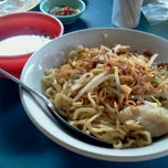 Photo taken at Mie Pangsit Sunggal by Ahman D. on 1/22/2012