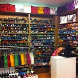 Photo taken at Kokua Shoes by Pere R. on 8/23/2011