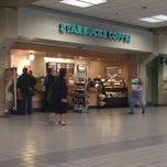 Photo taken at Starbucks by Cris on 11/13/2011