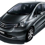 Photo taken at Honda Arista Sudirman by Prayudi A. on 1/10/2012