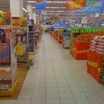 Photo taken at Tesco Hypermarket by ⓒⓗⓔⓡⓘⓢⓗ ⓟⓘⓝⓚⓨ ⓛ. on 3/28/2012