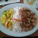 Photo taken at Jamaica Gates Caribbean Restaurant by Steve G. on 6/3/2012