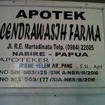 Photo taken at Apotik Cendrawasih Farma by Herman S. on 11/14/2011