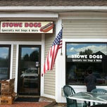 Photo taken at Stowe Dogs by Laura-Peter C. on 9/1/2012