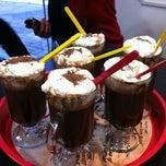 Photo taken at Milkshake & Companhia by Simara S. on 8/29/2012