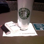 Photo taken at Starbucks Coffee by Jay Jay E. on 1/31/2012