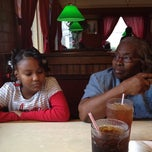 Photo taken at Pizza Hut by Letitia S. on 12/21/2011