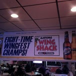 Photo taken at Gators Wing Shack by Kelli on 11/12/2011
