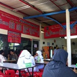 Photo taken at Ayam Lepaas by Tony H. on 6/17/2012