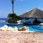 Photo taken at One&Only Palmilla Pool & Margarita Bar by Chris O. on 9/11/2011