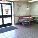 Photo taken at Del Taco by Enoch P. on 6/1/2012
