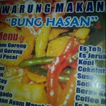 Photo taken at Warung Bang Hasan by End D. on 4/21/2012
