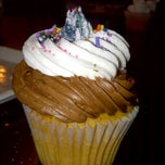 Photo taken at HaliHannigan's Cupcakery by Mary Kate on 5/12/2012