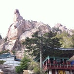 Photo taken at 봉정암 (鳳頂庵) by Seo S. on 5/12/2012