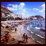 Photo taken at Playa del Postiguet by Pelle N. on 8/29/2012