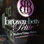 Photo taken at Brown Betty Petite by DanielleJMe on 5/31/2012