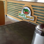 Photo taken at Blatt Salat Haus by Danny C. on 8/24/2012