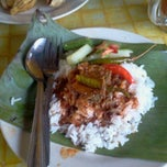 Photo taken at Nasi Dagang Mek Puan by Bu D. on 2/6/2012