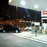 Photo taken at Posto Shell by Amanda L. on 3/7/2012