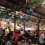 Photo taken at Sungai Pinang Food Court (檳榔河) by DeNnis S. on 6/16/2012