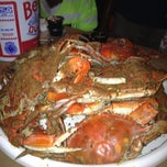 Photo taken at Mike's Crabhouse by Athena on 8/25/2012