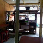 Photo taken at Mie Bakso & Mie Ayam ARTOMORO by Angelina C. on 3/11/2012