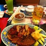 Photo taken at MK Restaurant (ภัตตาคารเอ็มเค) by Krong S. on 3/30/2012