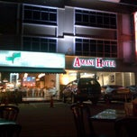 Photo taken at Restoran Nasi Ulam by Azrin T. on 5/16/2012