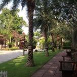 Photo taken at Villa Wanida Garden Resort (วิลล่า วนิดา การ์เด้น&รีสอร์ท) by Evy E. on 4/30/2012