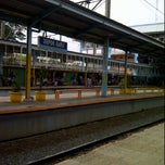 Photo taken at Stasiun Depok Baru by Oensoer S. on 4/8/2012