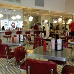 Photo taken at Johnny Rockets by Daniel P. on 2/27/2012