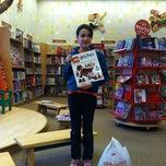 Photo taken at Barnes & Noble by Darlene W. on 2/13/2012