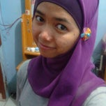 Photo taken at QQ's Room by Rizki O. on 2/27/2012