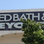 Photo taken at Bed Bath & Beyond by Lynda F. on 5/17/2012