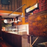 Photo taken at O Pedaço da Pizza by William V. on 4/4/2012