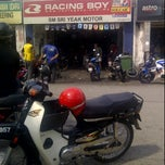 Photo taken at Kedai Motor SM Sri Yeak by Faris R. on 2/4/2012