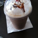 Photo taken at CoffeeLand by Evelin F. on 5/31/2012