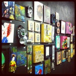 Photo taken at B-Side Gallery @ Wet Paint by Donia on 3/31/2012