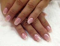 Nails by Roxie