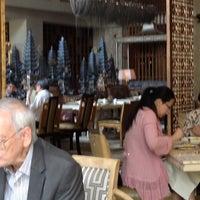 Photo taken at TABLE8 - Hotel Mulia Senayan, Jakarta by Ignatius M. on 7/25/2012